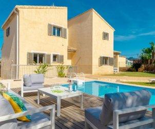 Villa   Alcúdia para 8 personas con piscina privada p1