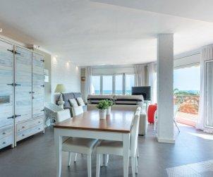 Apartamento   Empuriabrava para 4 personas con vista mar p2