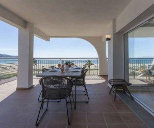Apartamento   Empuriabrava para 5 personas con vista mar p1