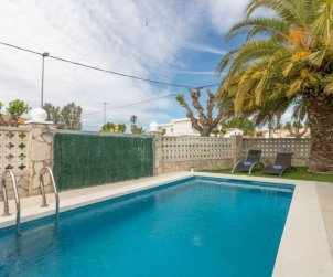 Villa   Empuriabrava para 4 personas con piscina privada p2