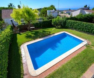 Villa   Cunit para 8 personas con piscina privada p1