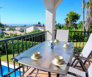 Villa   Cunit para 8 personas con piscina privada p2