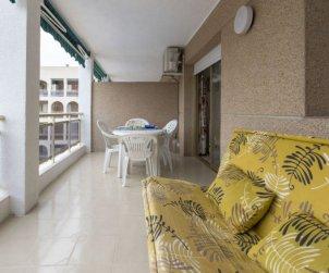 Apartamento   La Pineda para 4 personas con piscina comunitaria p1