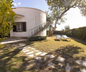 Villa   Cambrils para 7 personas con piscina comunitaria p1