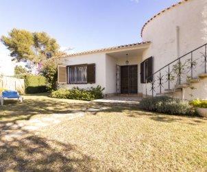 Villa   Cambrils para 7 personas con piscina comunitaria p2