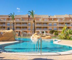 Apartamento   Denia para 4 personas con piscina comunitaria p0