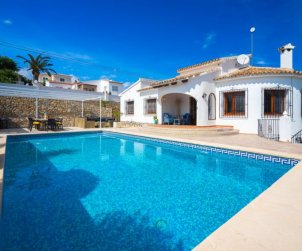 Villa   Moraira para 10 personas con piscina privada p1