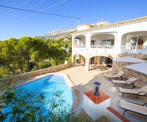 Villa   Altea para 8 personas con piscina privada p0