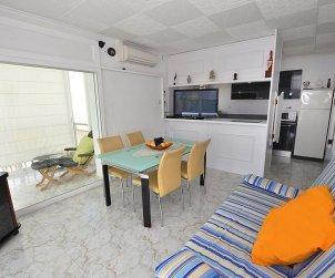 Apartamento  en Rosas  para 8 personas con vista mar   p2