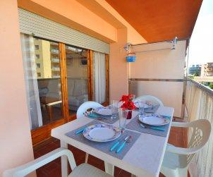 Apartamento  en Rosas  para 6 personas con vista mar  p1