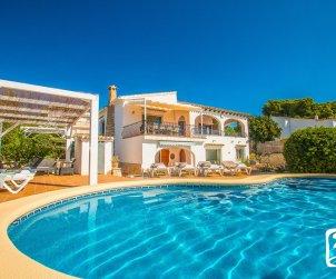 Villa   Benissa para 10 personas con piscina privada p1