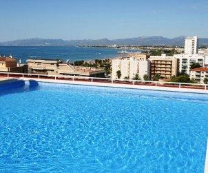 Apartamento   Salou para 4 personas con piscina comunitaria p1