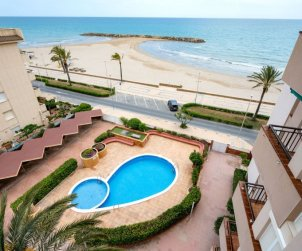 Apartamento   Cunit para 6 personas con piscina comunitaria p0
