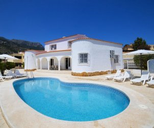 Villa   Calpe para 10 personas con piscina privada p0
