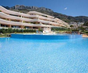 Apartamento   Altea para 6 personas con piscina comunitaria p0