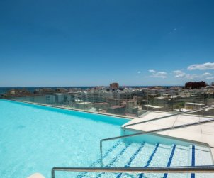 Apartamento   Estepona para 6 personas con piscina comunitaria p1
