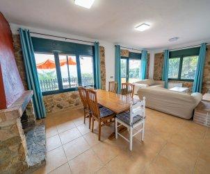 Apartamento   Sant Cebrià de Vallalta para 8 personas con piscina privada p2