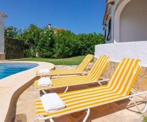 Villa   Denia para 6 personas con piscina comunitaria p2