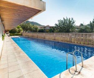 Apartamento   Lloret del Mar para 4 personas con piscina comunitaria y alrededor de la playa p0