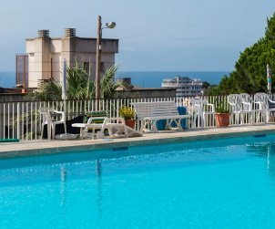 Apartamento   Lloret del Mar para 4 personas con piscina comunitaria y cerca del mar p1