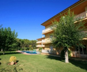 Apartamento   Llafranc para 5 personas con piscina comunitaria, parking y cerca del mar p2