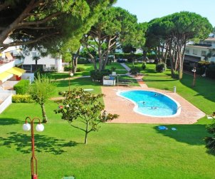 Apartamento   Calella de Palafrugell para 4 personas con piscina comunitaria y cerca del mar p2