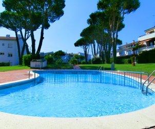 Apartamento   Calella de Palafrugell para 4 personas con piscina comunitaria p1