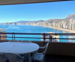 Apartamento   Benidorm para 8 personas con piscina comunitaria p1
