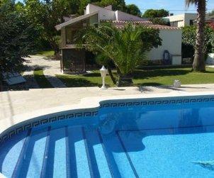 Villa   Ametlla de Mar para 8 personas con piscina privada p0