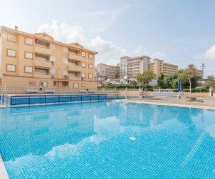 Villa   Oropesa del Mar para 8 personas con piscina comunitaria p1