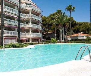 Apartamento   Alcoceber para 8 personas con piscina comunitaria y aere acondicionado p2
