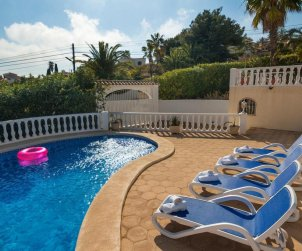Villa   Calpe para 12 personas con piscina privada, vista mar y aere acondicionado p1