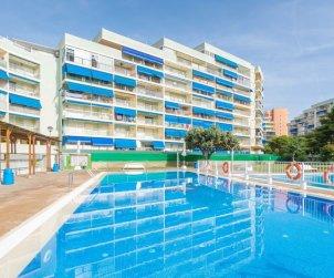Apartamento   Oropesa del Mar para 8 personas con piscina comunitaria p0