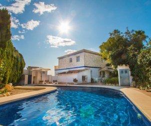 Villa   Calpe para 6 personas con piscina privada y vista mar p1