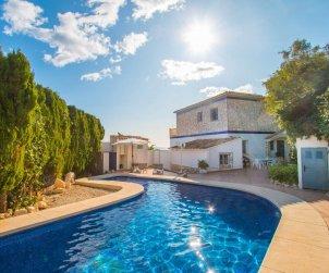 Villa   Calpe para 6 personas con piscina privada y vista mar p2