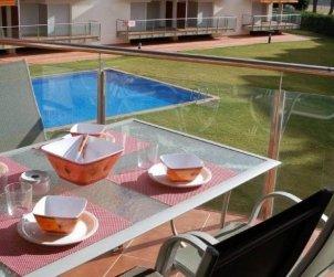 Apartamento   Rosas para 6 personas con piscina comunitaria y aere acondicionado p0