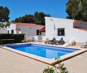 Villa   Ametlla de Mar para 7 personas con piscina privada y internet p0