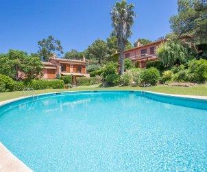 Villa   Llafranc para 6 personas con piscina comunitaria p2