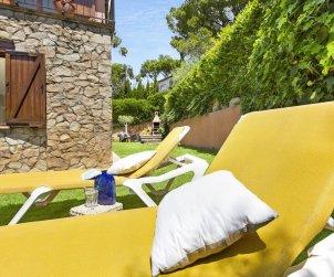Villa   Llafranc para 6 personas con piscina comunitaria p1