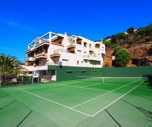Apartamento   Rosas para 6 personas con piscina comunitaria p2