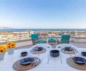 Apartamento   Empuriabrava para 4 personas con panorámicas vista mar p0
