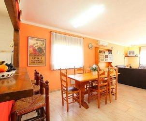 Villa   L'Escala para 8 personas con lavavajillas p1