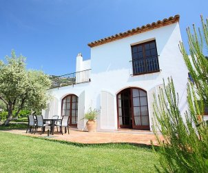 Villa   Begur para 8 personas con piscina privada p1