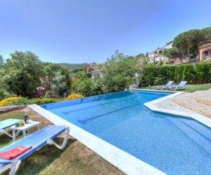 Villa   Calonge - Sant Antoni de Calonge para 10 personas con piscina privada p2