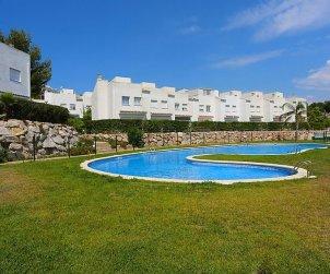 Villa   Salou para 8 personas con piscina comunitaria p0