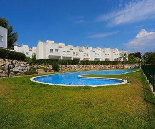 Villa   Salou para 8 personas con piscina comunitaria p1