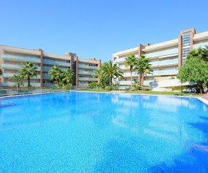 Apartamento   Salou para 6 personas con piscina comunitaria p2