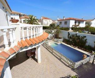 Villa   Cambrils para 8 personas con piscina privada p2