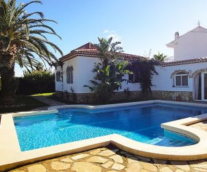 Villa   Miami Platja para 12 personas con piscina privada p1