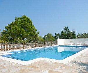 Villa   L'Ampolla para 10 personas con piscina privada p2